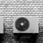実はエアコンは今が買い時?!年末に急いでエアコンを取り付けた話。